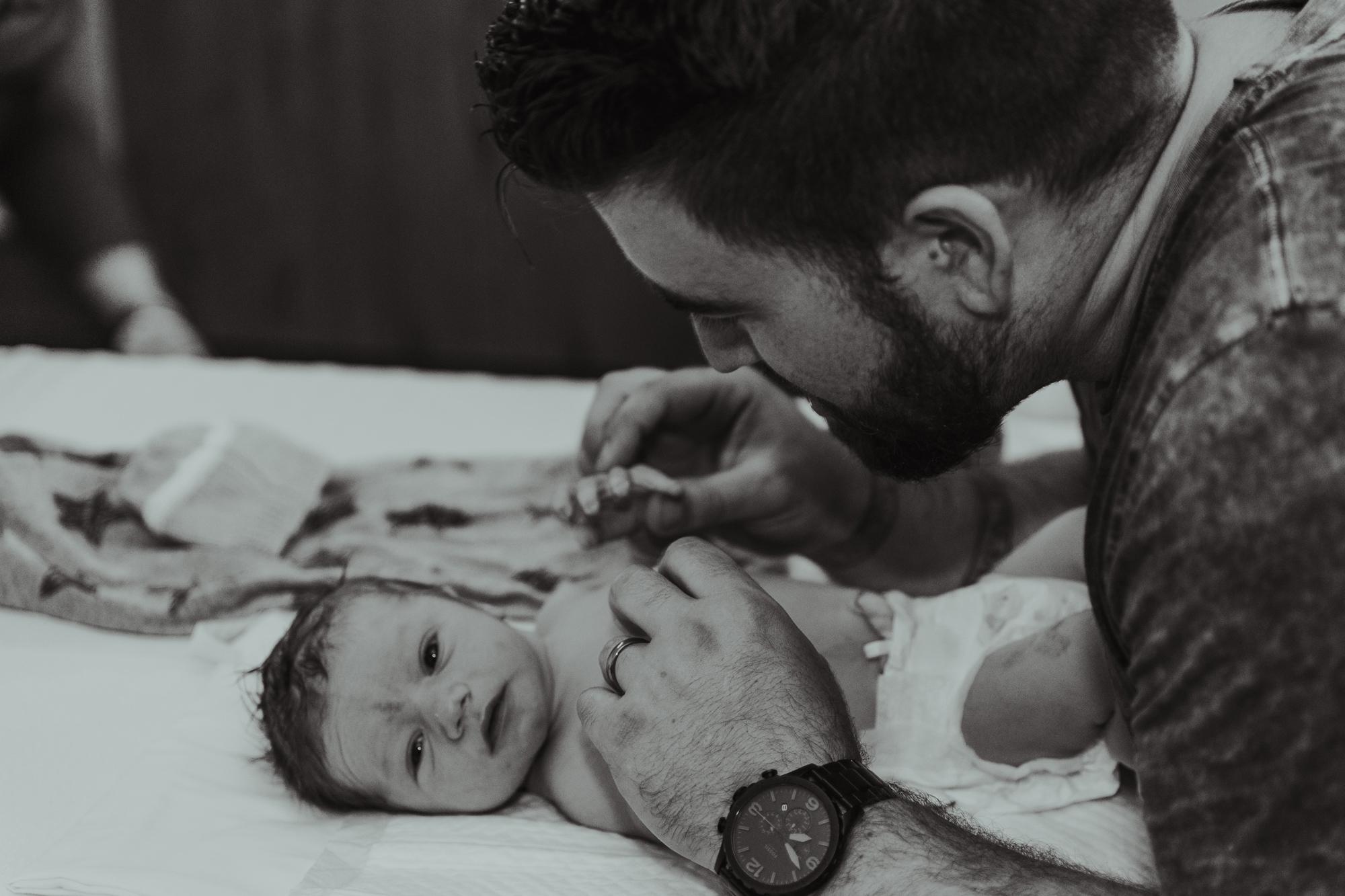 078-birth-photography-palmerston-north-birth-center