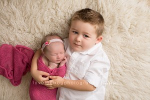 9 sacramento newborn photographer, siblings.jpg