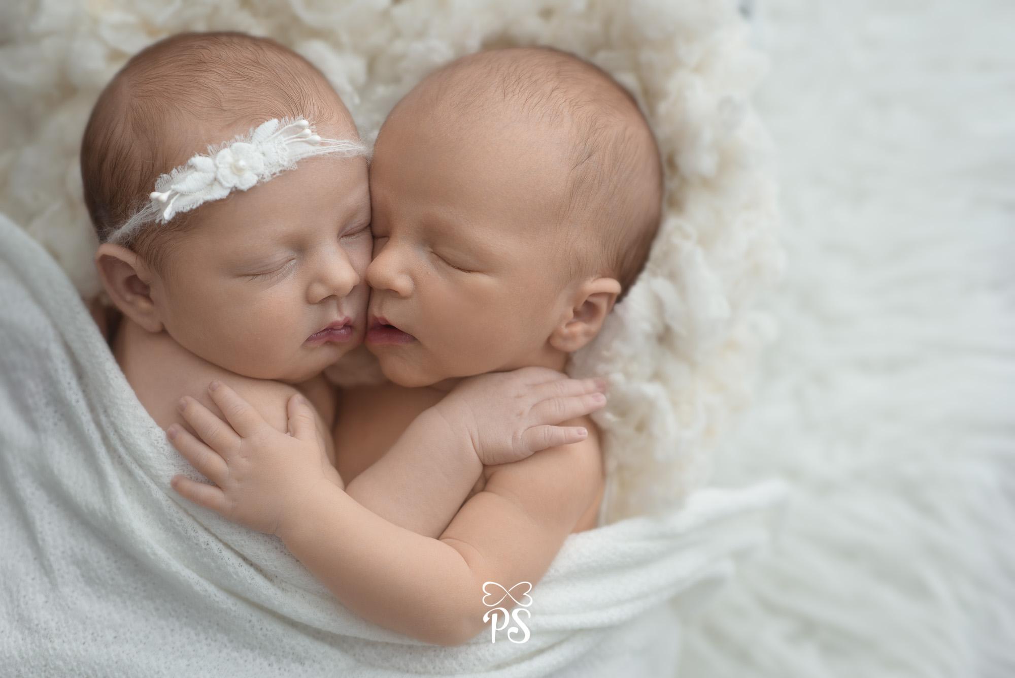 Alice-e-Dom-newborn10