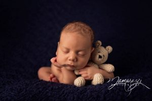JamesDominguez_newborn-web-35.jpg