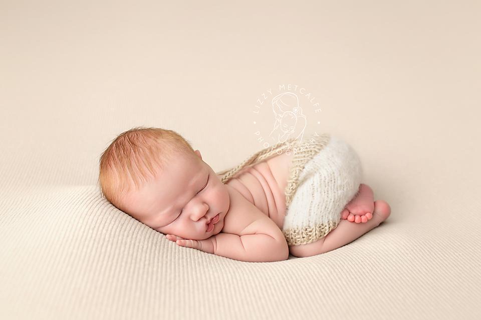 Lizzy-Metcalfe-Photography-Baltimore-Maryland-Newborn-Photographer-Jackson-01