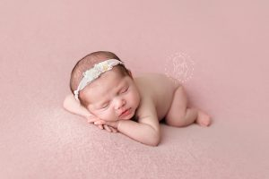 Lizzy-Metcalfe-Photography-Baltimore-Maryland-Newborn-Photographer-Savannah-05.jpg