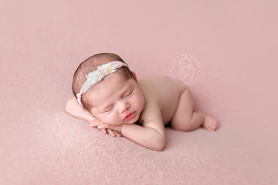 Lizzy-Metcalfe-Photography-Baltimore-Maryland-Newborn-Photographer-Savannah-05