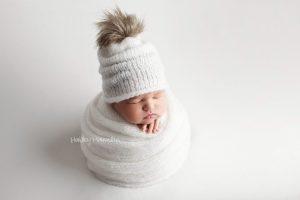 Newborn-photos-Calgary-newborn-photography-baby-photographer.jpg
