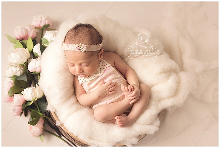 Art newborn photography