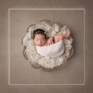 Sarasota-award-winning-newborn.jpg