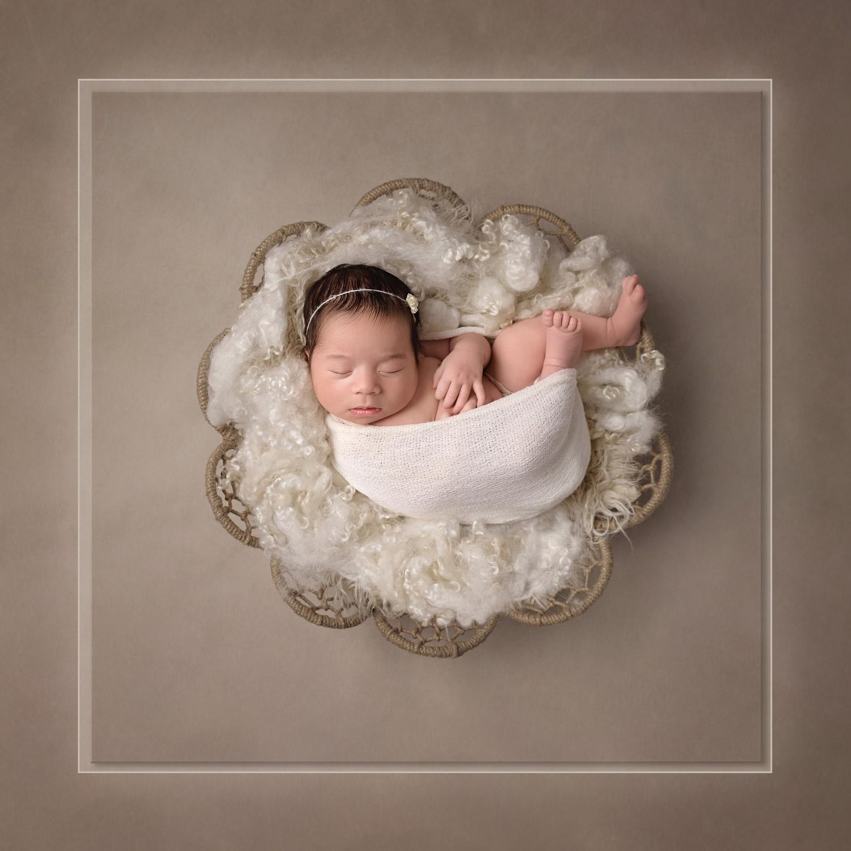 Sarasota-award-winning-newborn