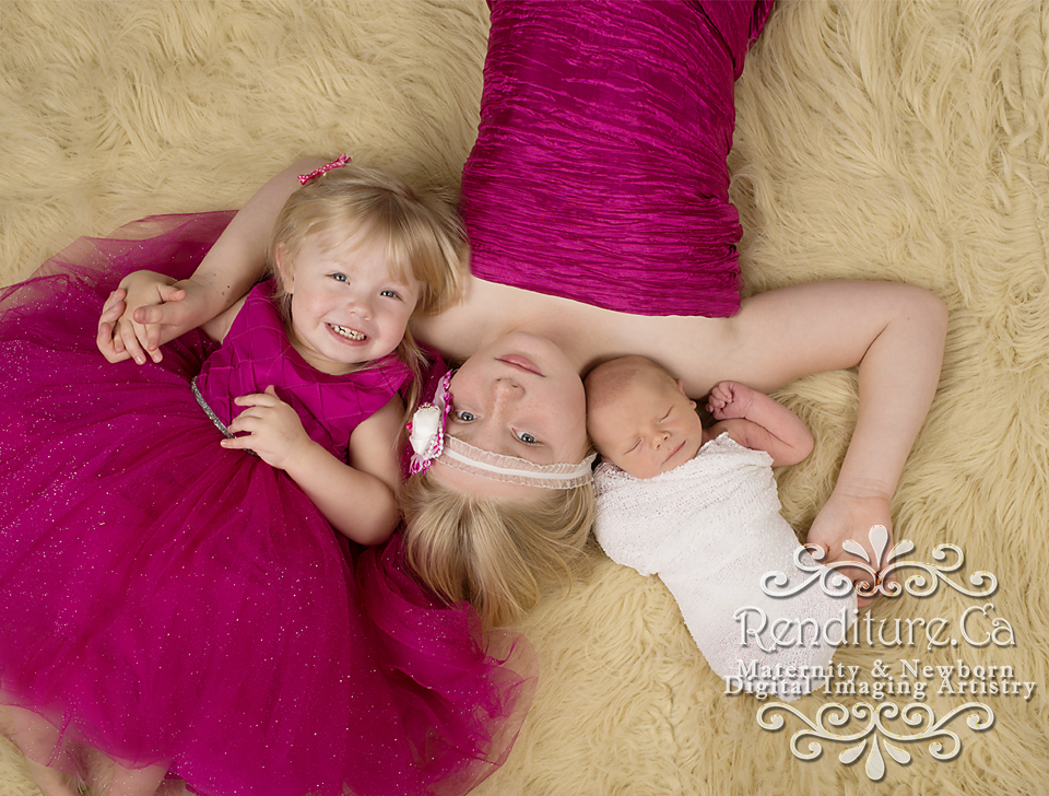 Saskatoon-Newborn-Family-Renditure-Baby-Photography-Photographer-Maternity-Pregnancy-Saskatchewan-80gFBR1