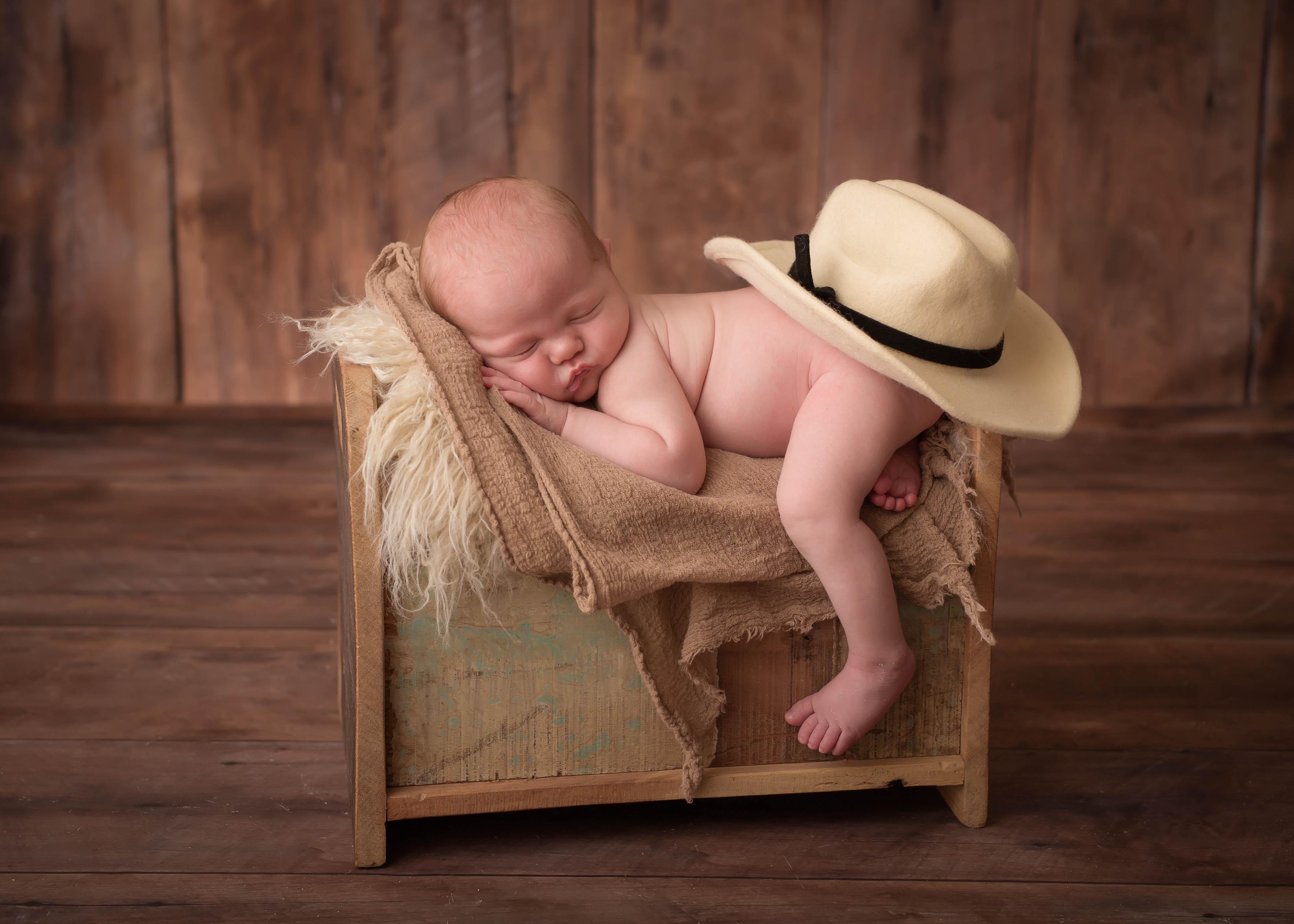South-Florida-Newborn-Photographer-Jozgirli-Photography-1-1-of-1