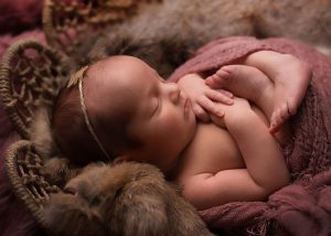Traverse-city-newborn-photography-11.jpg