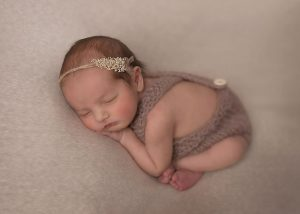 Traverse-city-newborn-photography-9.jpg