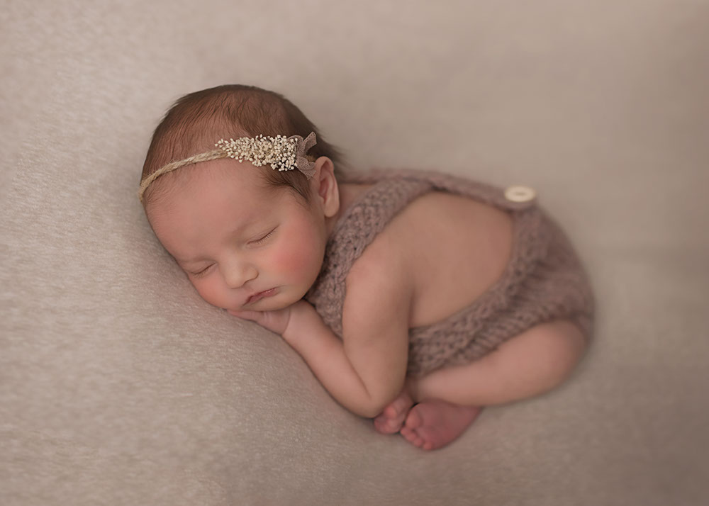 Traverse-city-newborn-photography-9