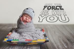 dawnpotterphotography-lego-starwars-newborn