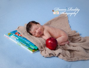 dream_reality_photography__baby_newborn_portriats_cake_smash_ocean_county_NJ_photographer--2.jpg