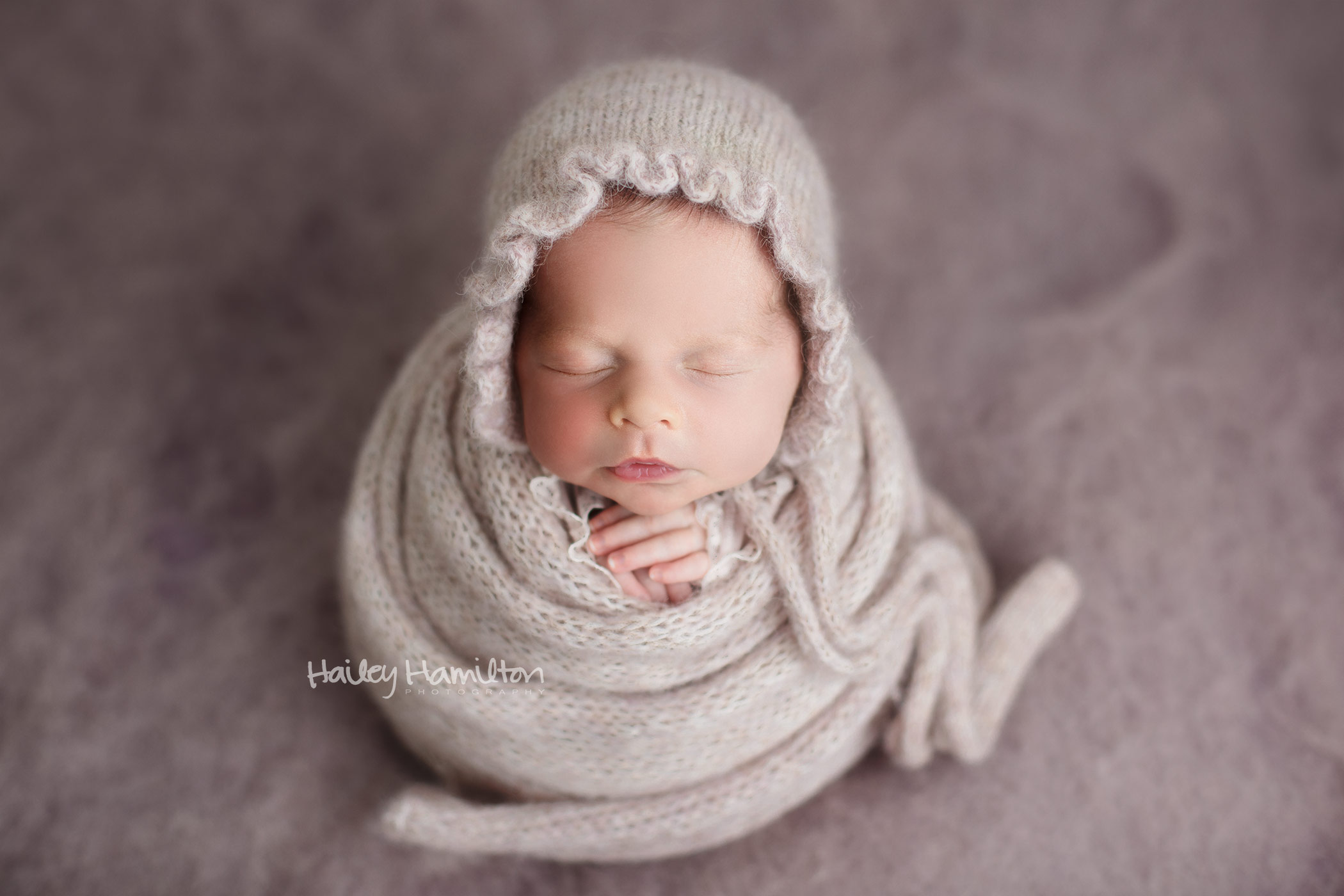 newborn-photographer-Calgary-baby-photography-new-born-pictures