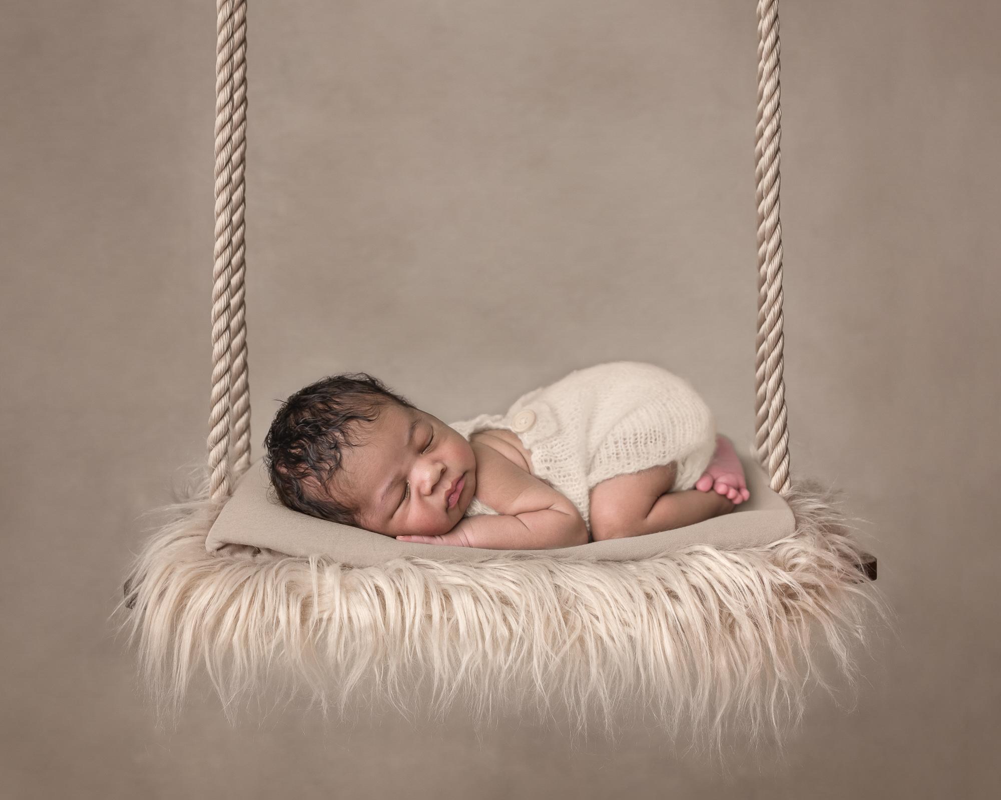 newborn-pictures-sarasota