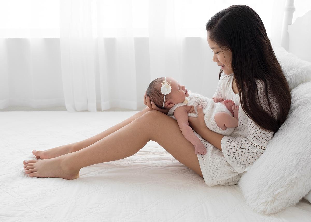 newborn_sibling