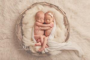 twins2web.jpg